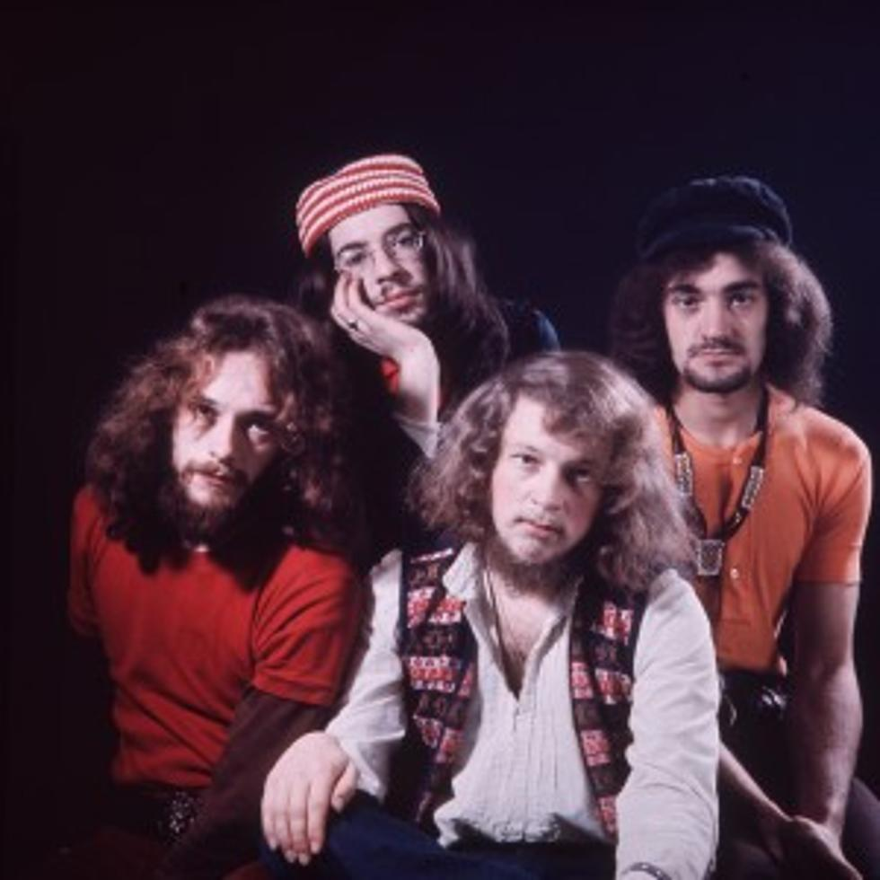 Ian Anderson Injured Every Rose Has Its Thorn Today In Classic Rock History 10 12