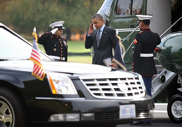 Obama Visits Wounded Military At Walter Reed
